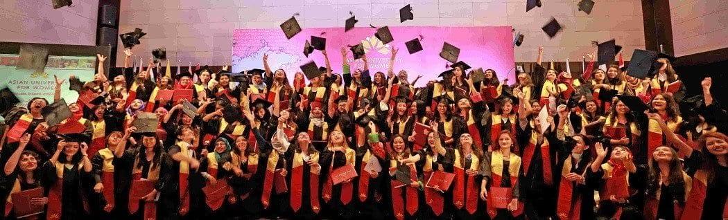Auw Graduates