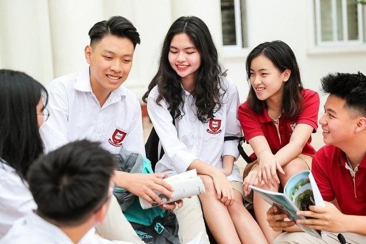 VNU students